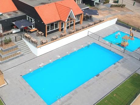 Zwembad En Horeca