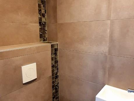 Apart Toilet R 194A (1)