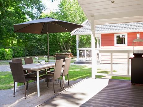 Buitentafel Bij Lodge Vakantiepark Latour