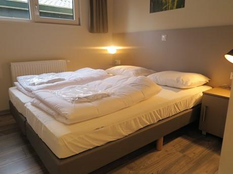 Slaapkamer 1 R 194A (1)